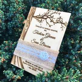 Invitatie gravata pe lemn Copacul iubirii