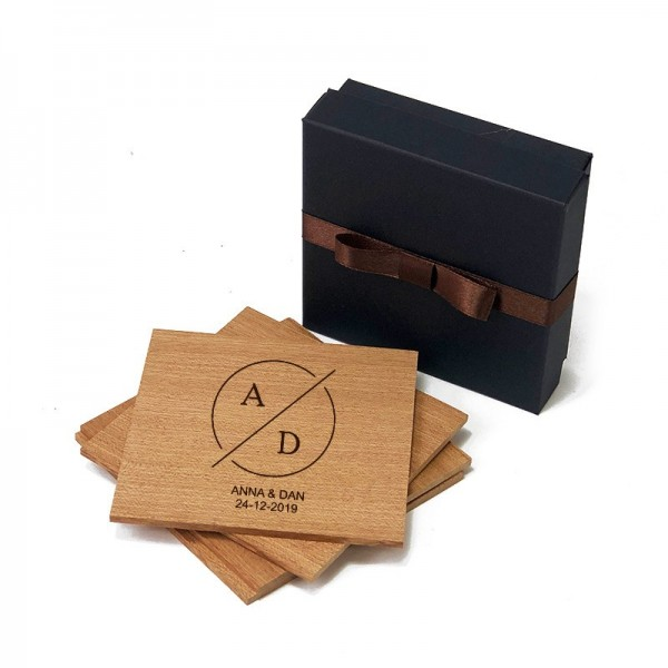 Suporti pahare din lemn mahon gravate