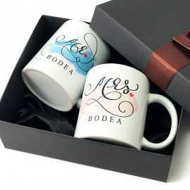 Cani personalizate Mr. Mrs. in cutie cadou